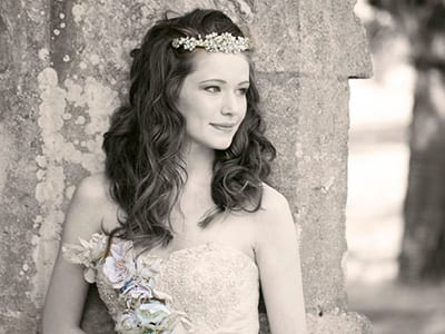 Azure Wedding Cars recommends Beautiful Wedding Hair by Shen Hassan